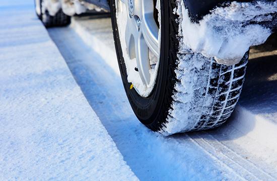 ガラスコーティングした車におすすめの洗車方法やタイミングとは?