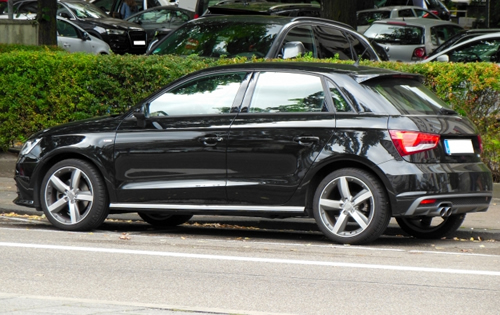 黒い車は傷が目立つのはなぜ?きれいな状態を保つ方法は? | ガラス ...